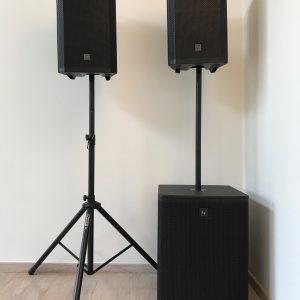 2 x speaker / sub